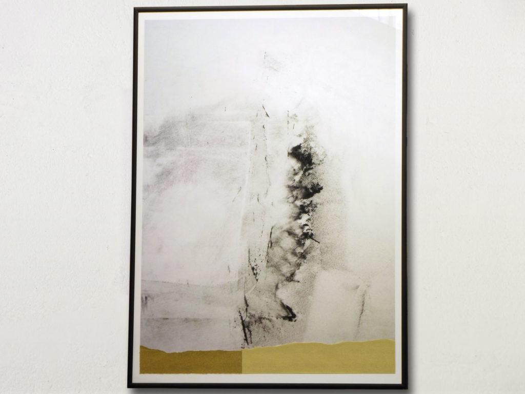 œuvre, collage photo de poussière de ponçage et papier de verre